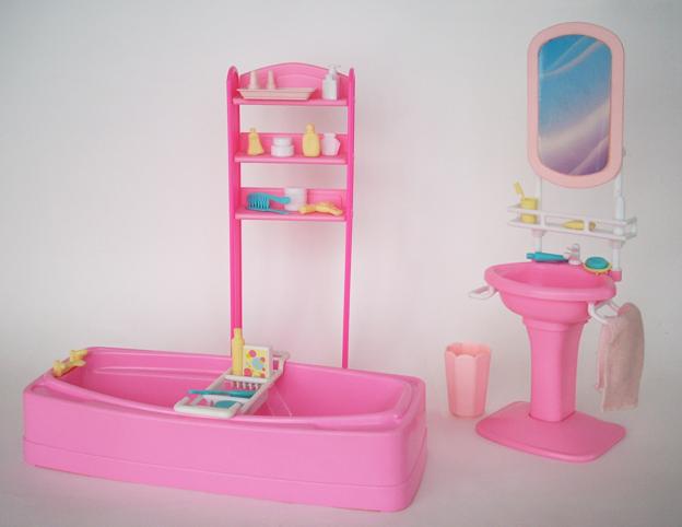 Vasca Da Bagno Barbie Anni 70 : Barbie con piscina bambola mattel t amazon giochi e