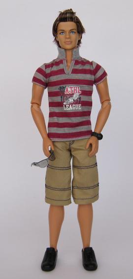 FASHIONISTAS KEN SPORTY – 2009 – My Barbie Site